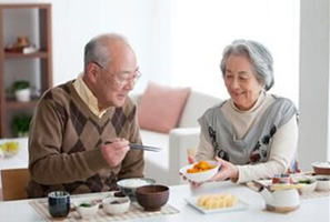 老年营养与膳食