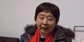 你以为大妈只会跳广场舞?不,她们还会说英语!